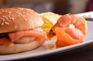 Seafood-burger
